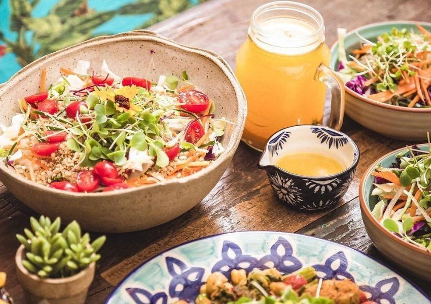 Casa Graviola renova menu com comidas leves e saudáveis