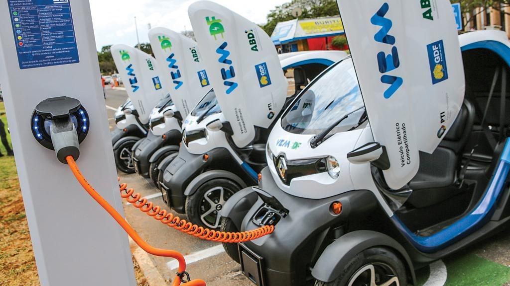 Foram inaugurados os Eletropostos para veículos elétricos